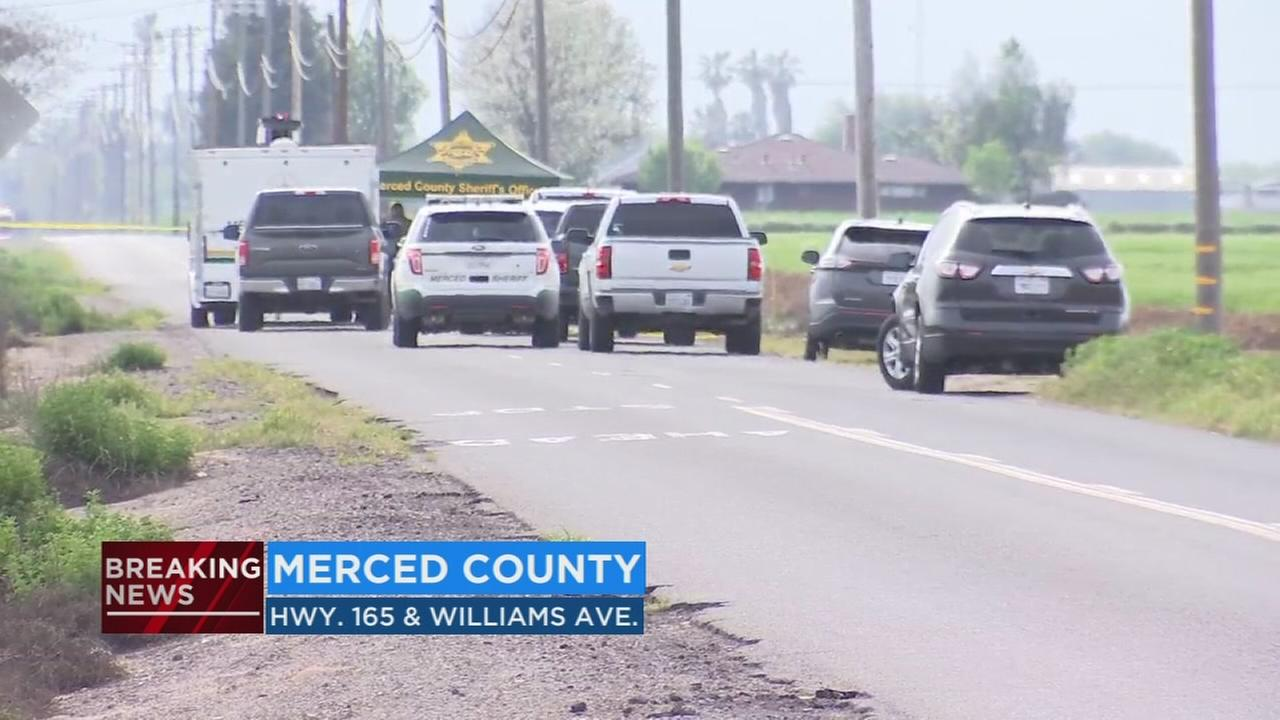 Man found dead on the side of Highway 165 in Merced County