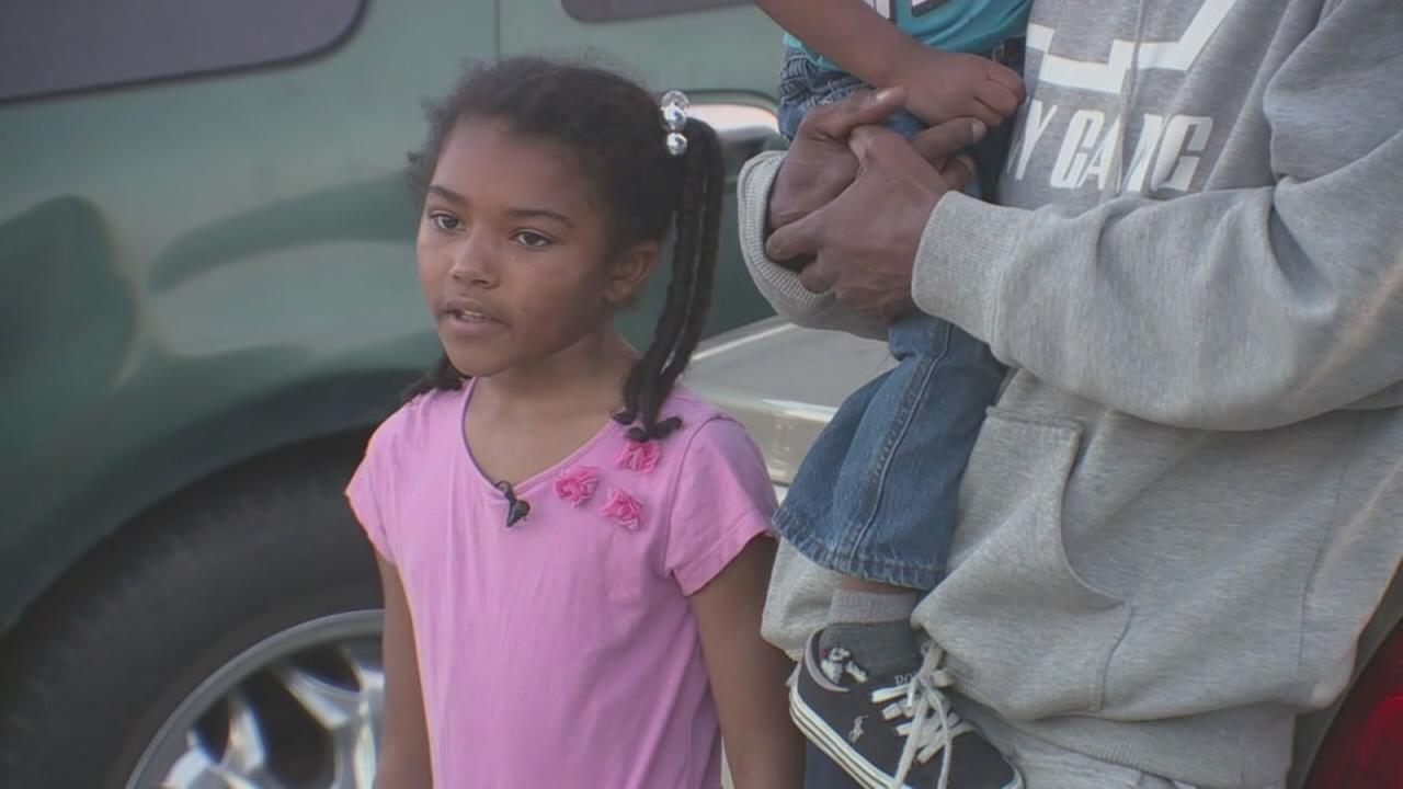 8-year-old girls call helps foil car theft, kidnapping