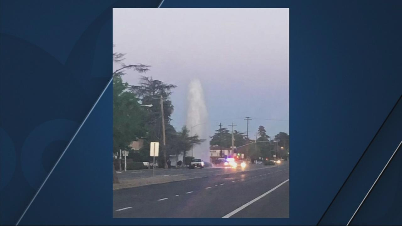 Car crashes into hydrant near Fresno City College sending water shooting into the air