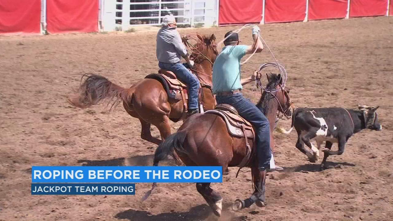 Jackpot roping kicks off Clovis Rodeo