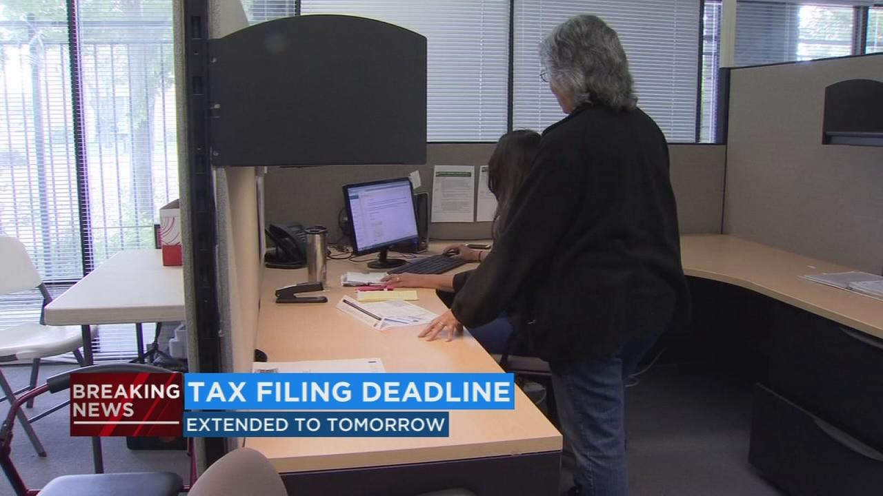 IRS extends filing deadline to Wednesday, April 18th amid computer problems