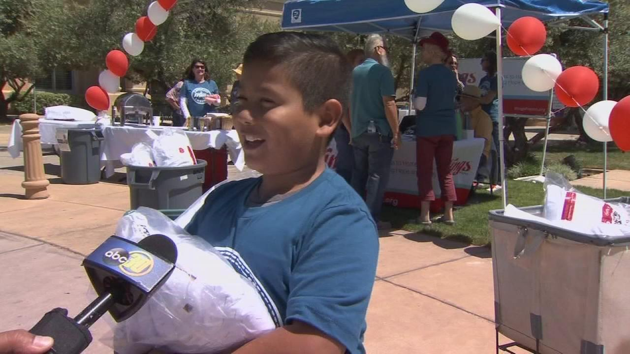 8-year-old spends his weekend lending a helping hand to Fresno homeless
