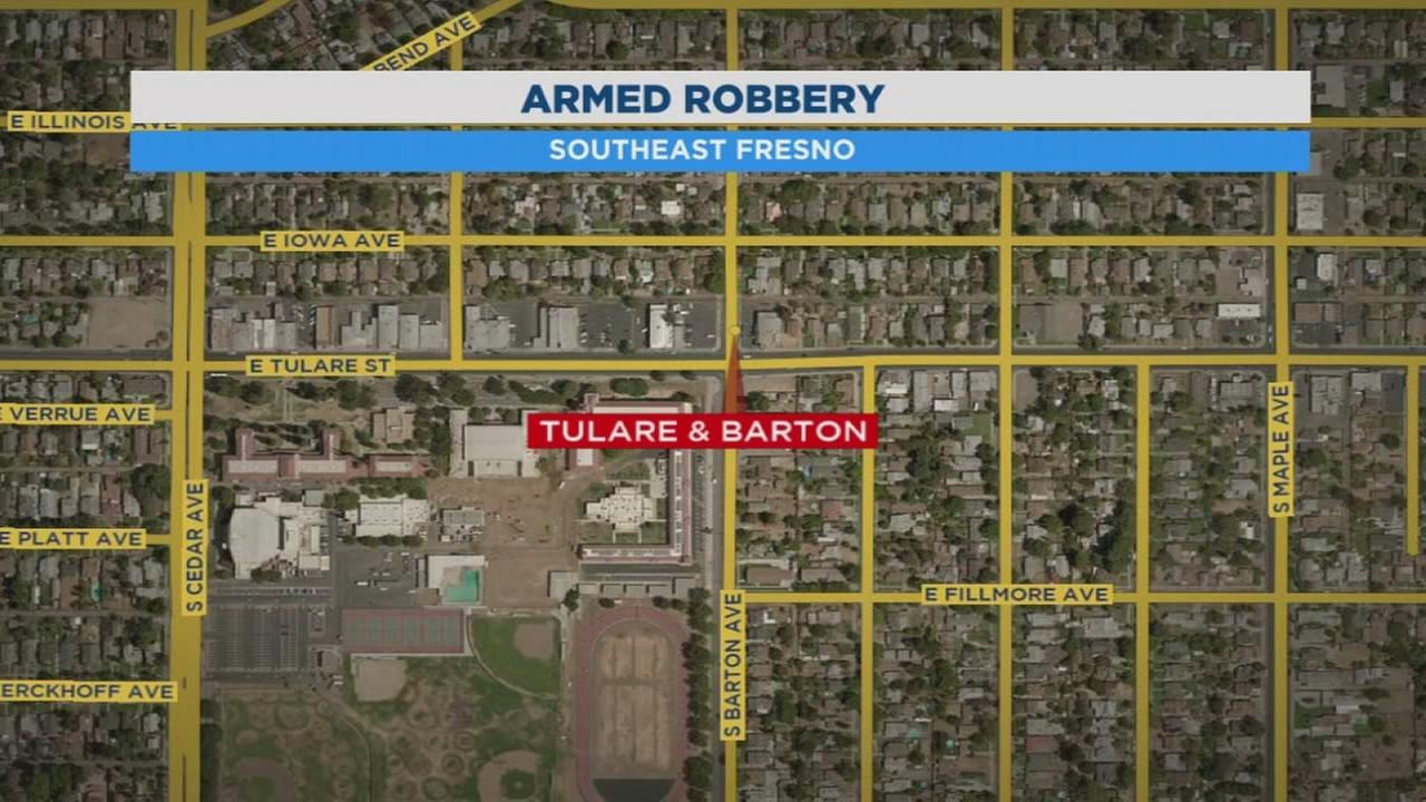 Police searching for 4 suspects who robbed man in SE Fresno