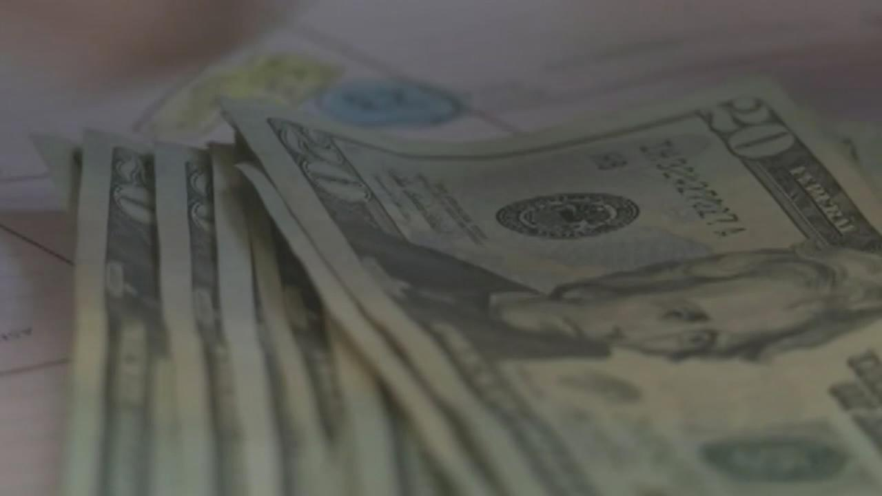 Are millennials forgetting about their money?