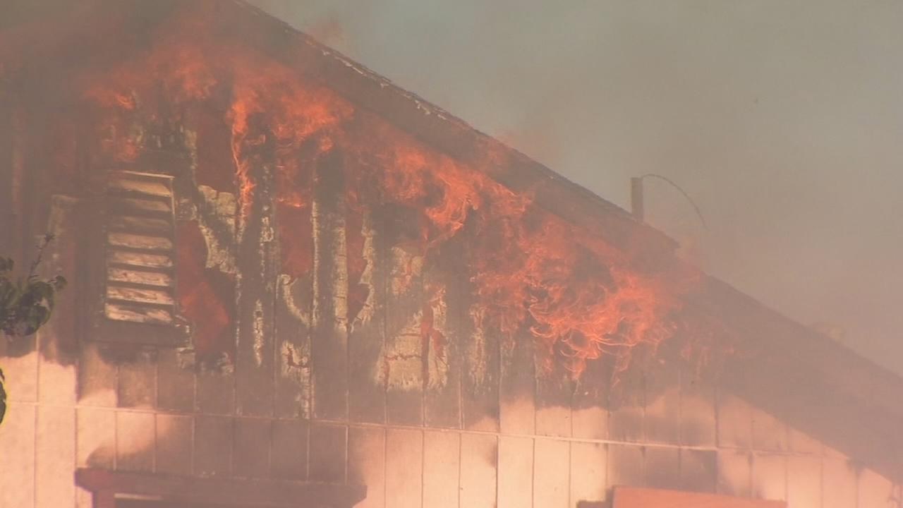 Crews battle 2 fires in a day at abandoned apartment complex