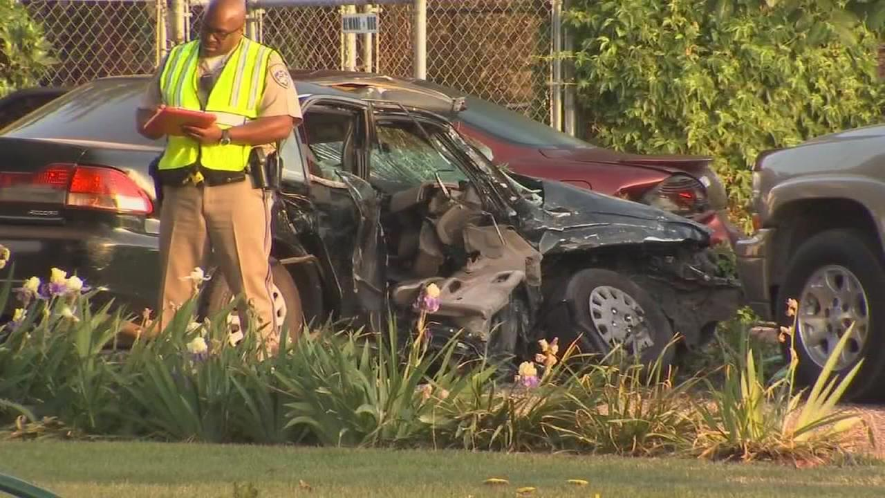 One person dead after 3 vehicle crash near Ivanhoe