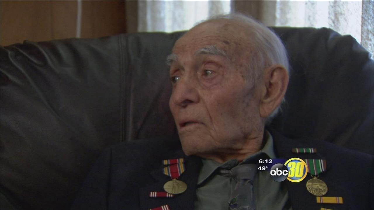 99-year-old WWII veteran receives medals