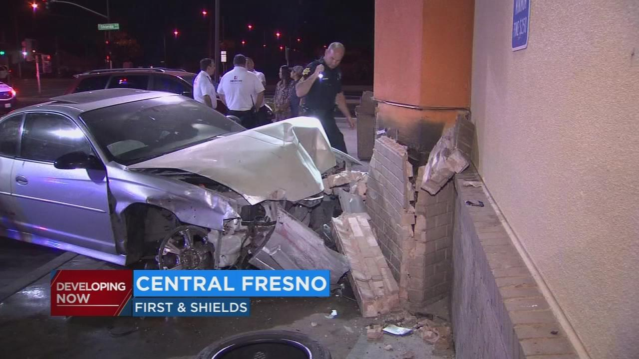 Man arrested after crashing into Taco Bell in Central Fresno