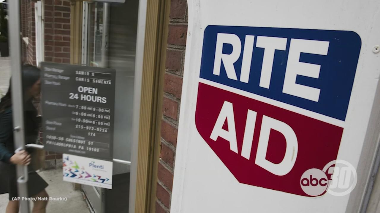 Rite-Aid blasts Barry Manilow to shoo loiterers