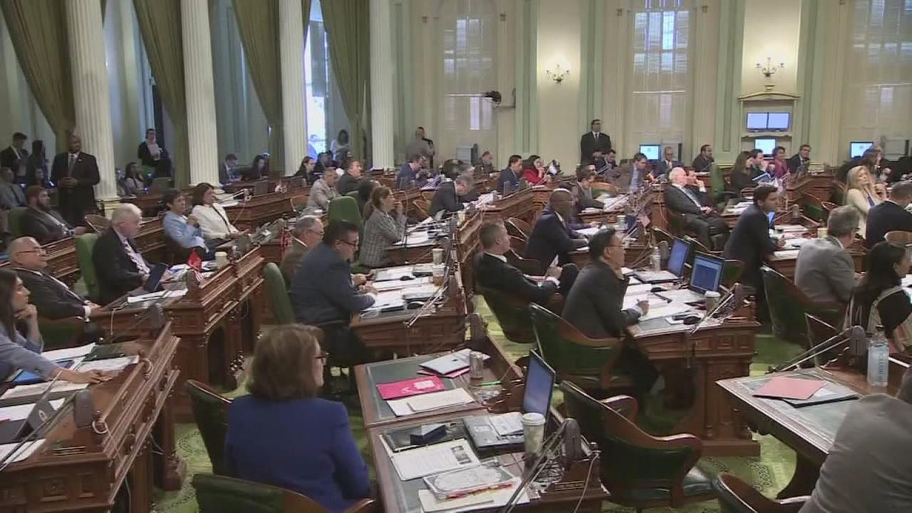 California lawmakers pass budget, increasing spending by 9-percent