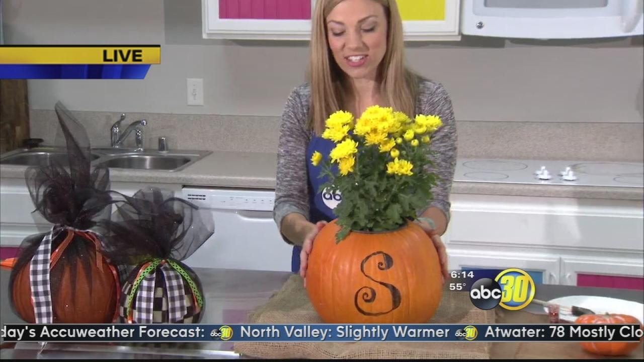 How to decorate Jack-O-Lantern pumpkins