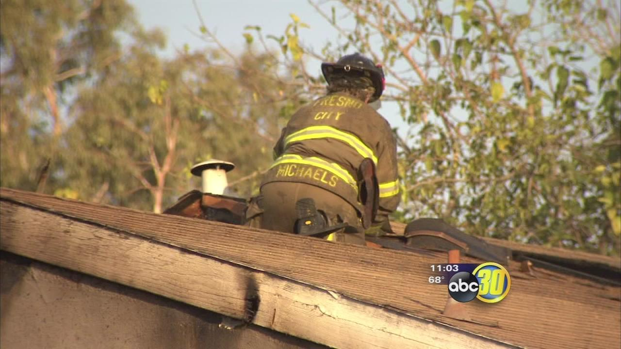 Apartment fire damages 4 units in Fresno