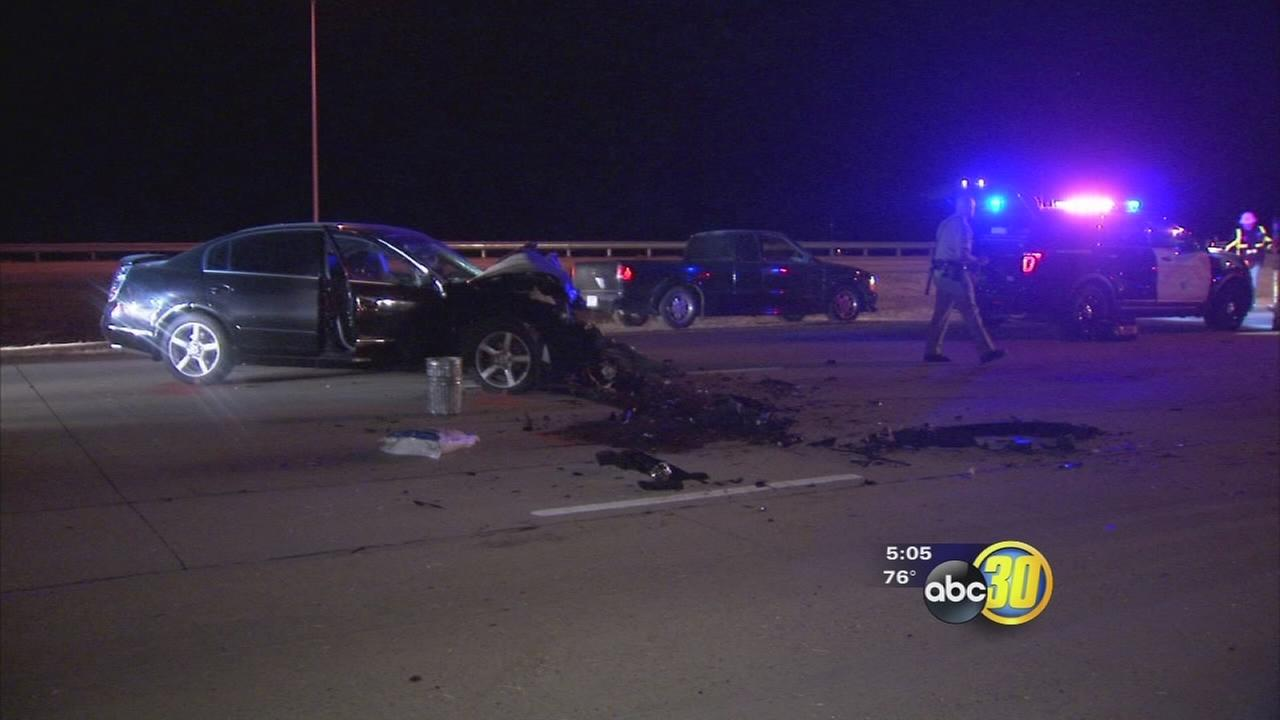 2 young men killed in separate Fresno freeway crashes