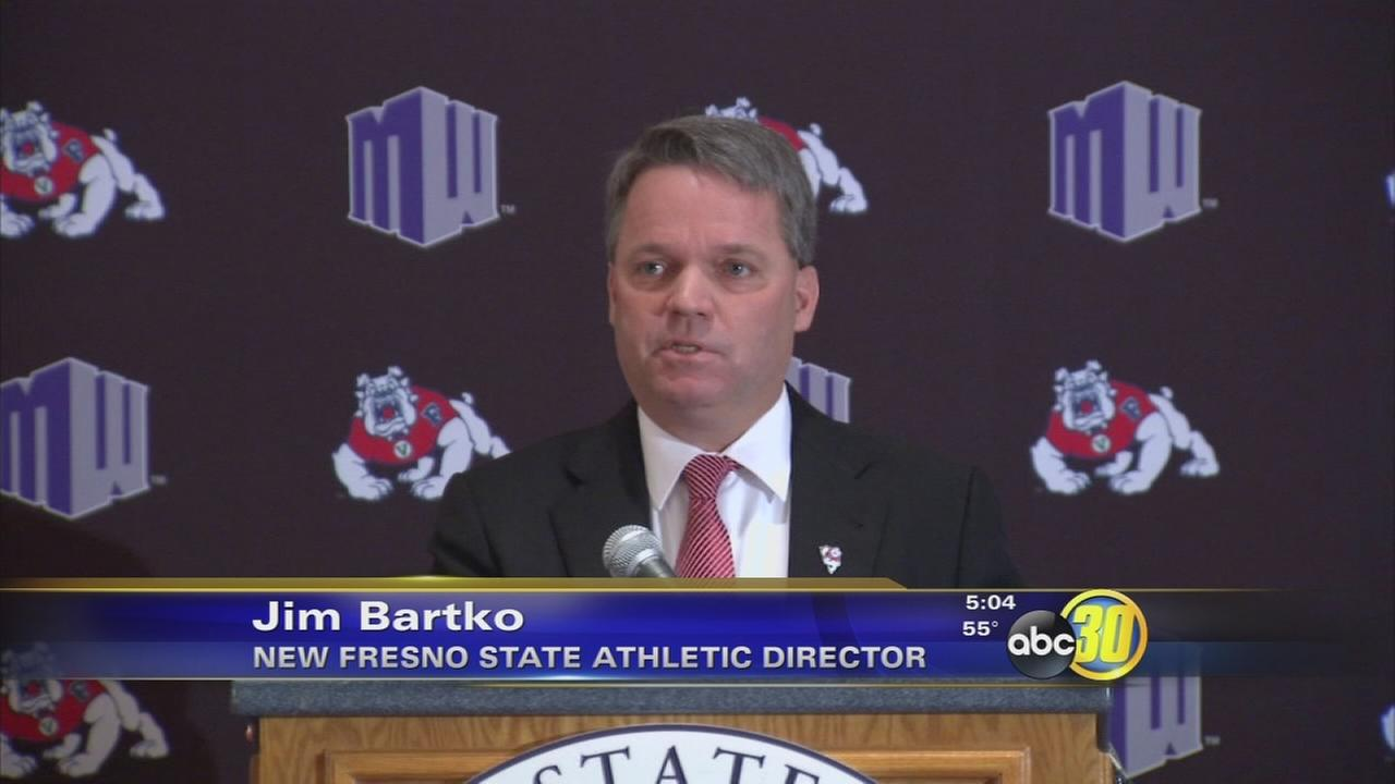 Emotional introduction for new Fresno State athletic director
