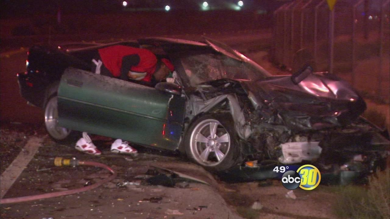 4 hurt in Fresno crash after driver runs stop sign, police say