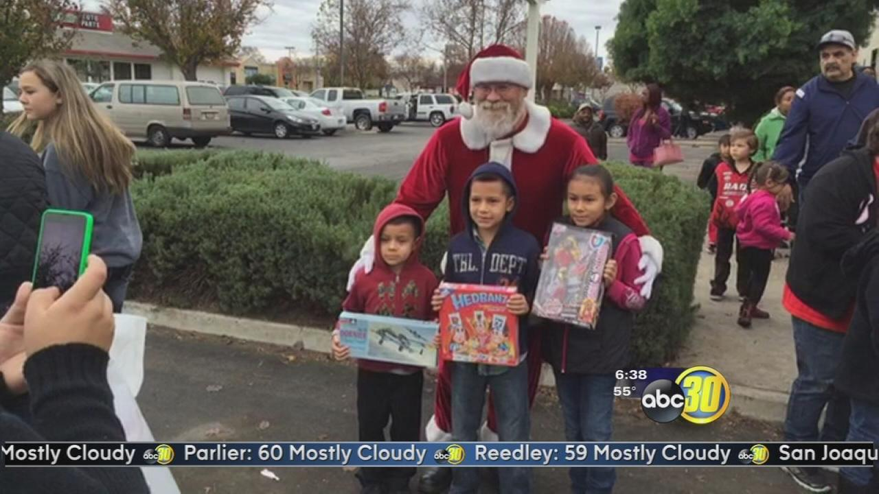 Toy for Tots distributes nearly 2,000 toys
