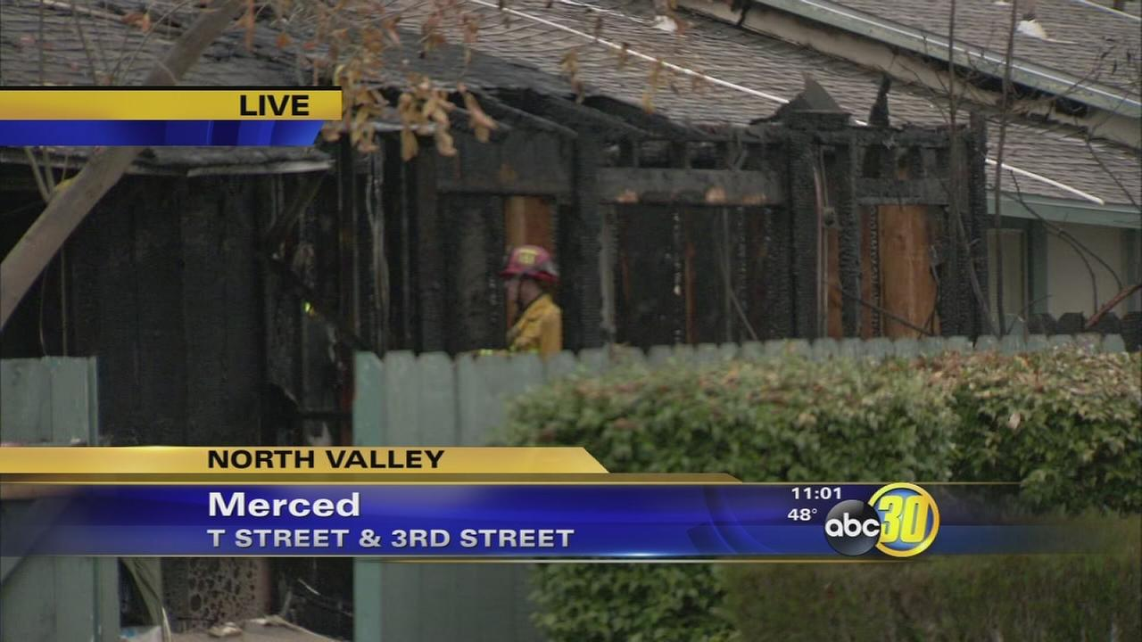 11 people lose their homes in Merced apartment fire