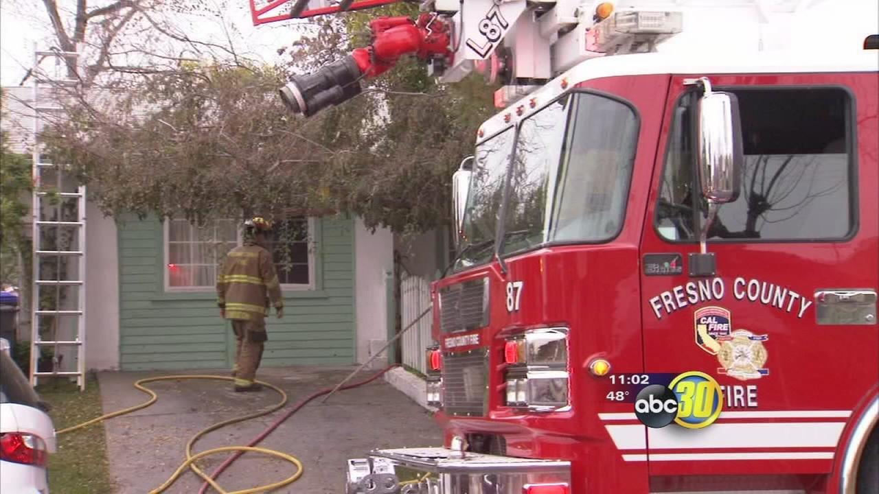 Fire damages home in Calwa