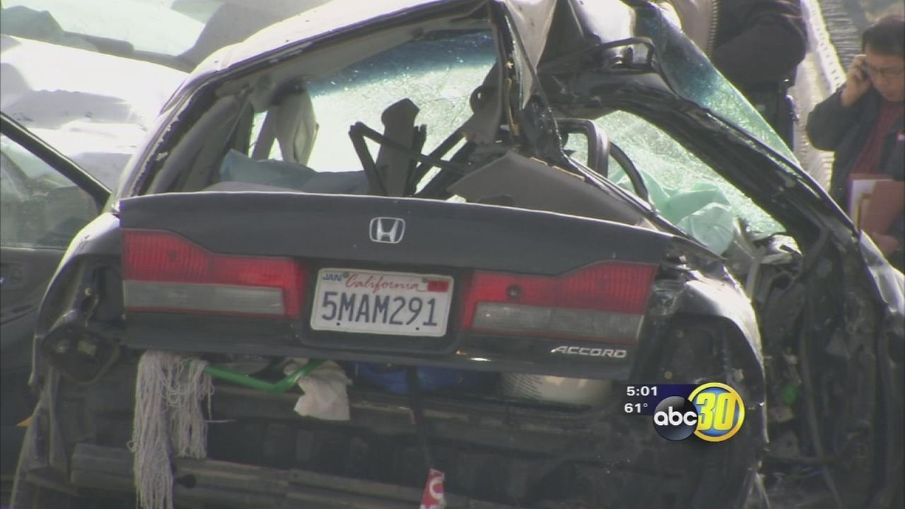 Driver killed in crash on Highway 180 in East Central Fresno