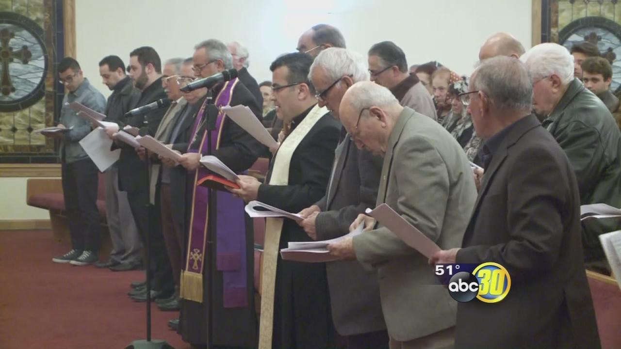 Hundreds pray for Modesto residents taken hostage by ISIS