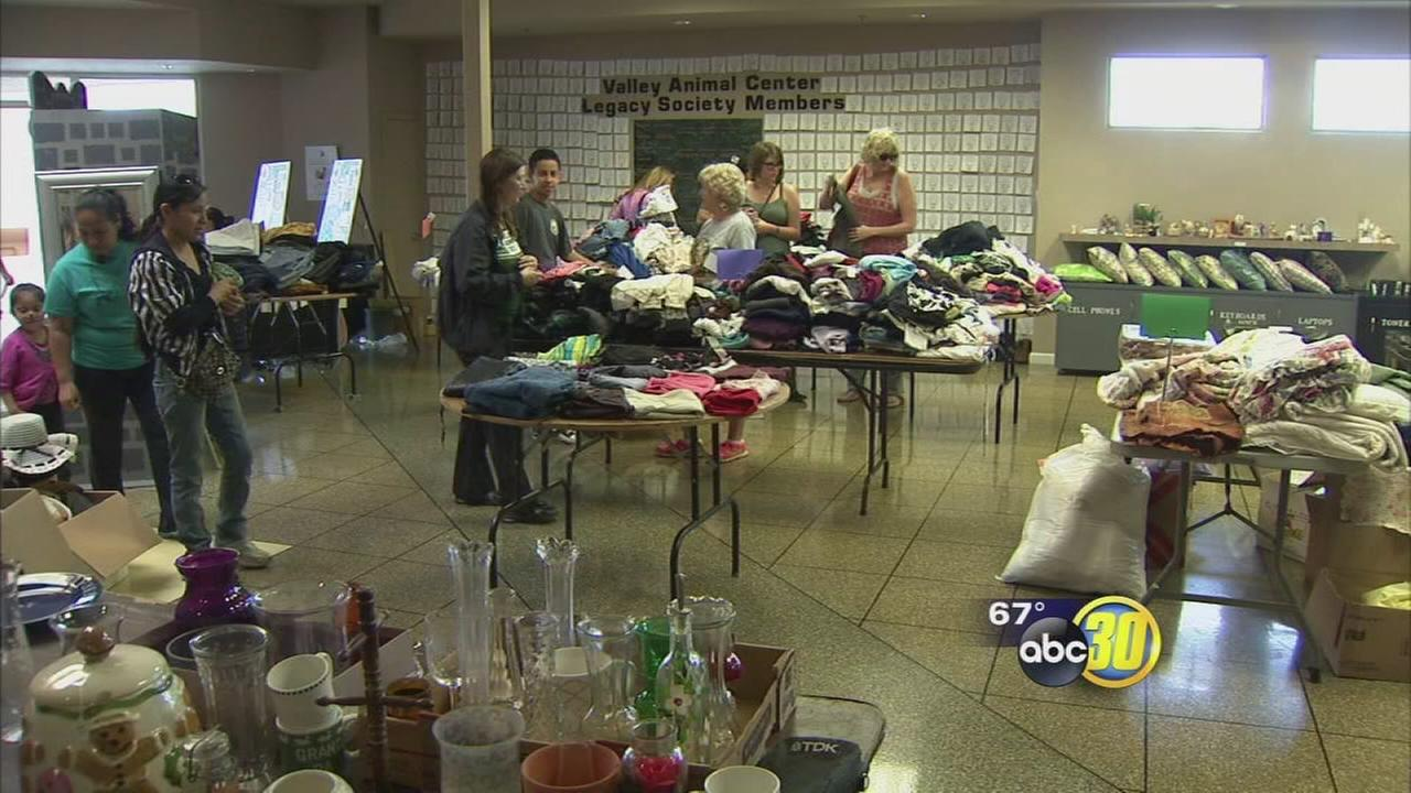 Yard and bake sale benefits Valley Animal Center