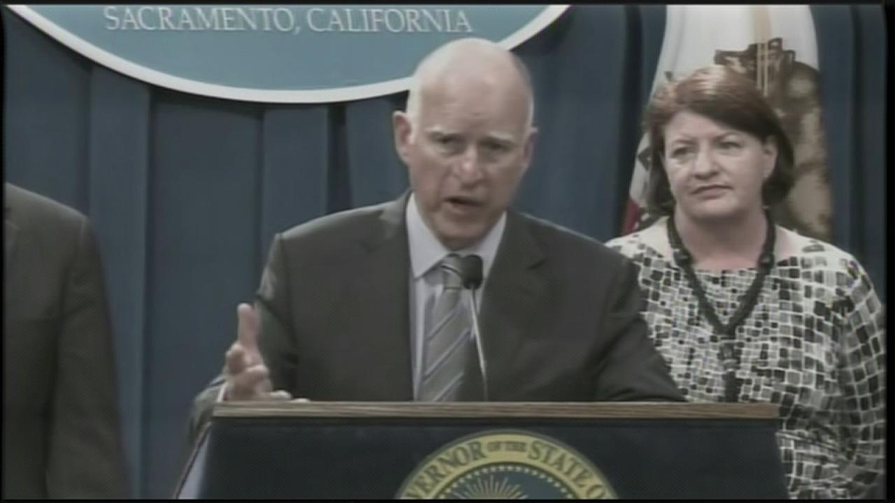 PRESS CONFERENCE: Governor Brown proposes $1 billion in drought spending