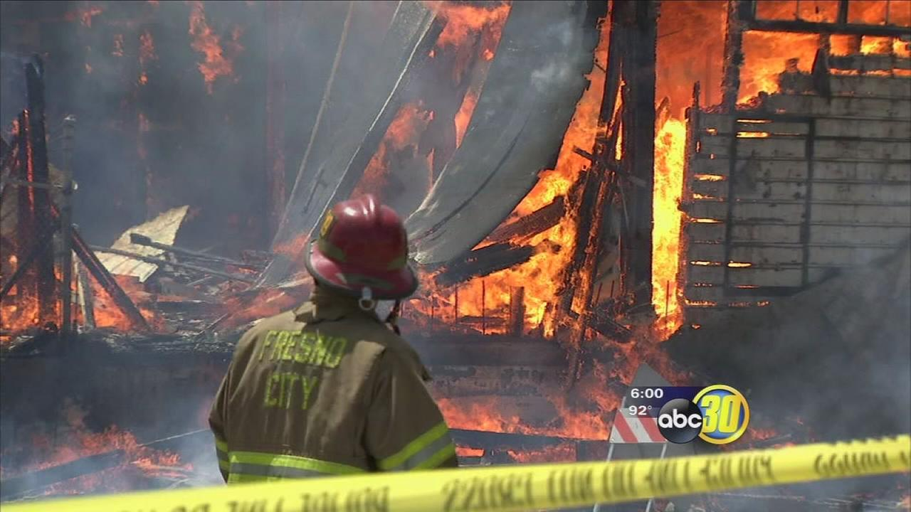 Blaze destroys abandoned building near Chukchansi Park
