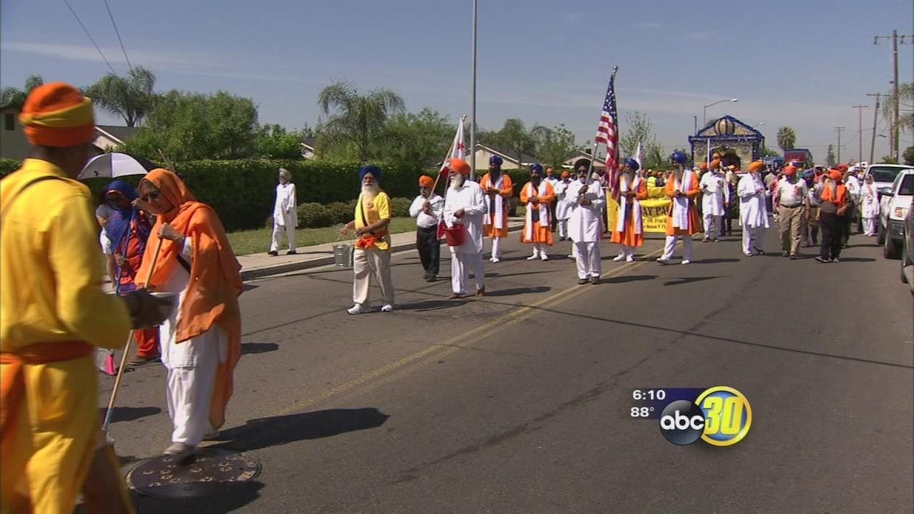 Thousands celebrate beginning of Sikh New Year in Selma