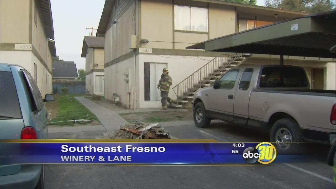 Fires at SE Fresno apartment complex displace 4 people