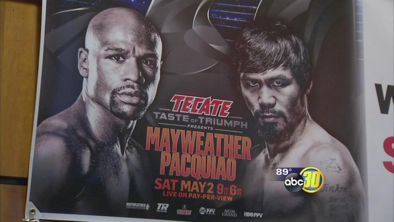 Valley residents gather to watch Mayweather-Pacquiao fight