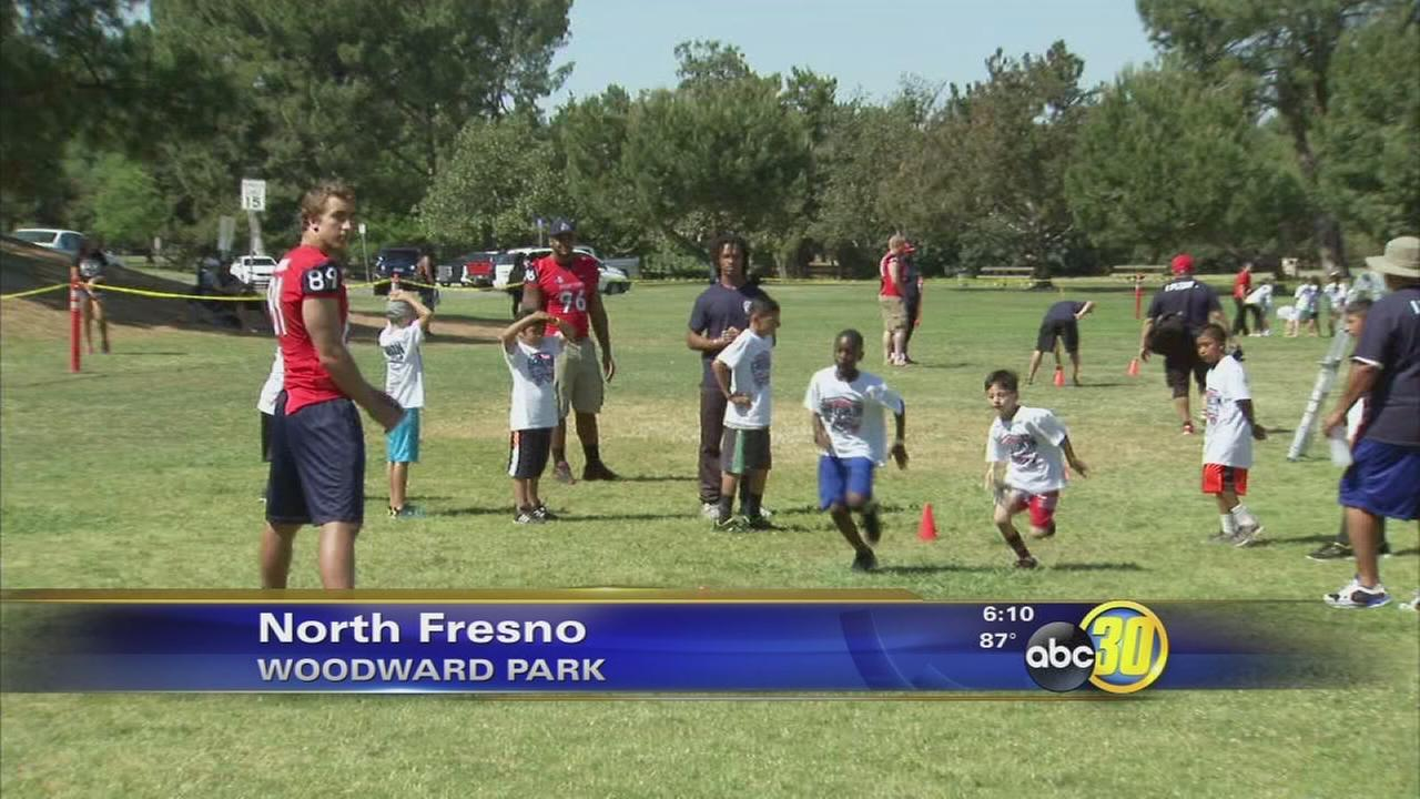 Gridiron Foundation provides free fitness event for kids in Fresno