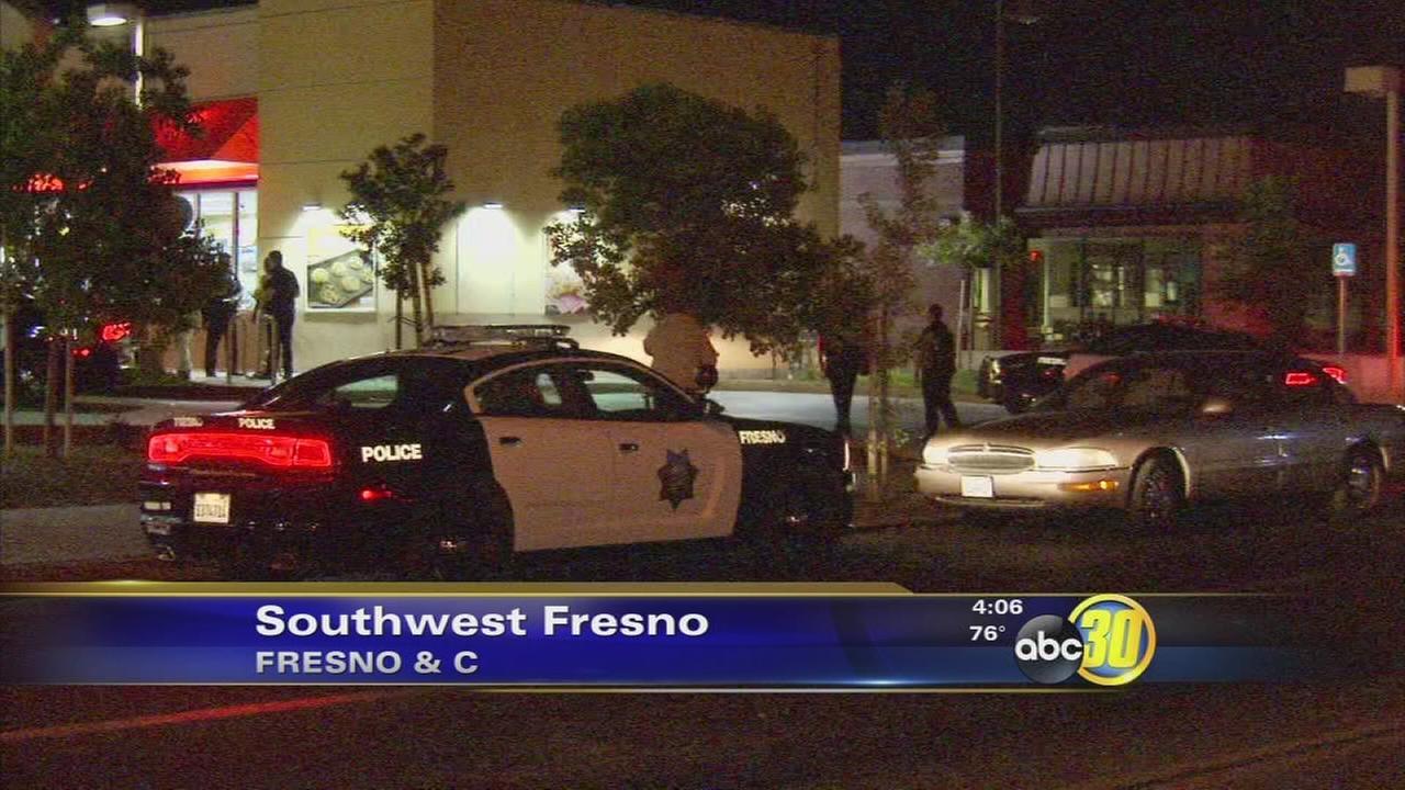 1 injured, 1 sought in Southwest Fresno stabbing