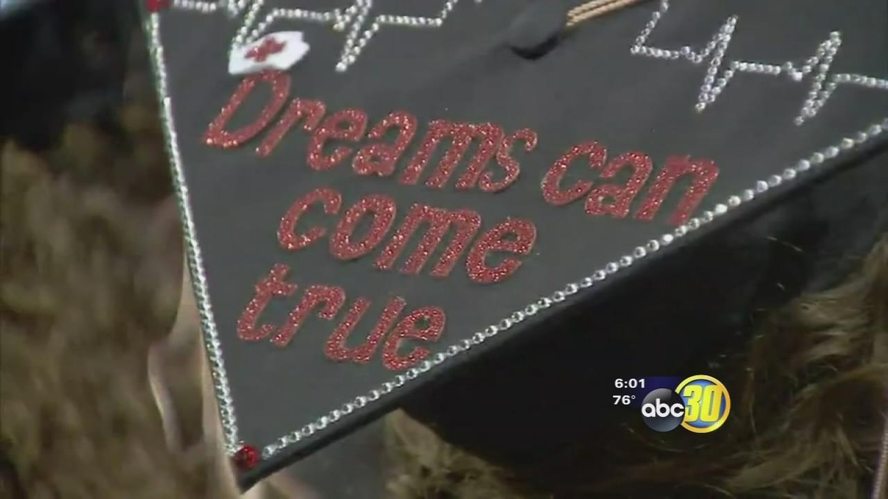 Fresno State honors the class of 2015 in graduation ceremony