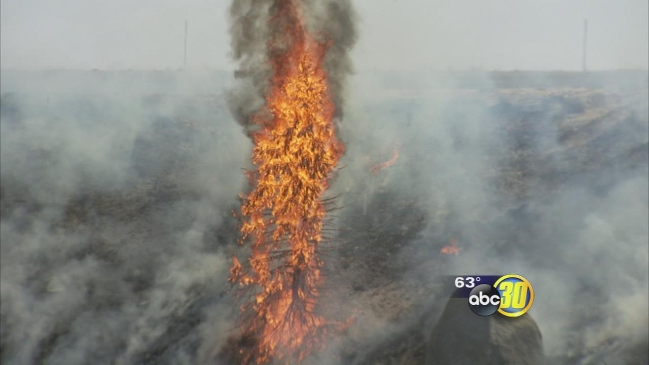 Fire flares up again near Highway 168 in Northeast Fresno