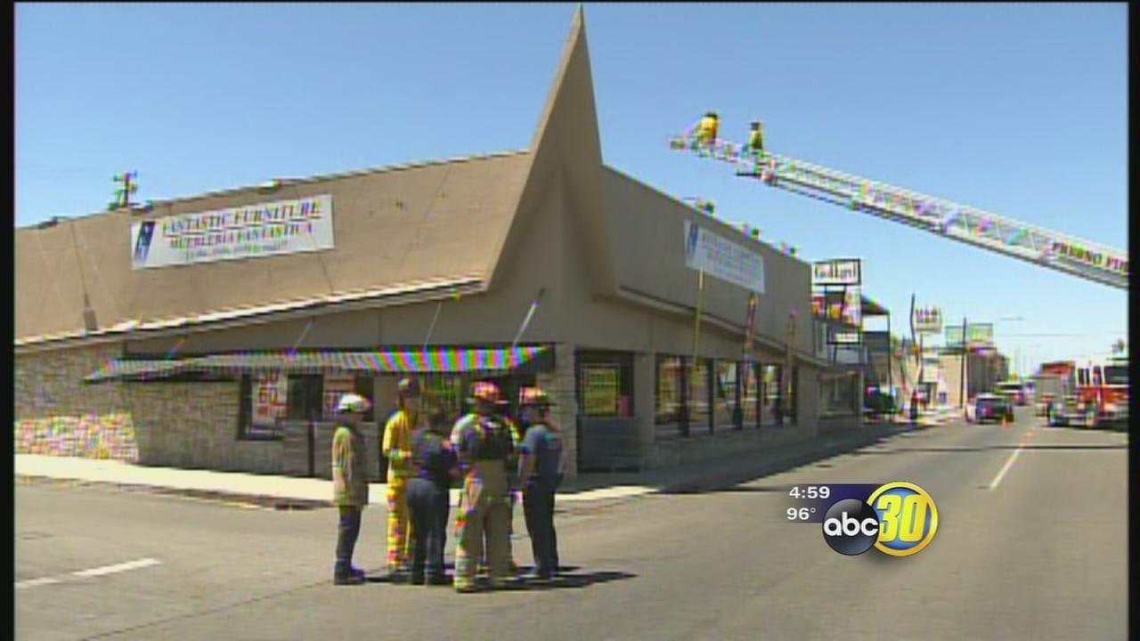 Fantastic Furniture roof collapses in Central Fresno abc30 com. Fantastic Furniture Stores   getpaidforphotos com