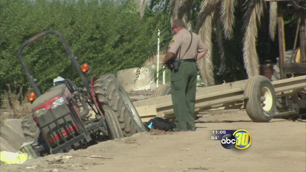 Man Dies In Tractor Accident Near Sanger Abc30 Com