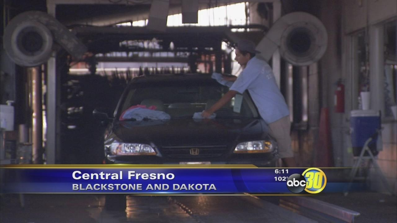 Fresno business offers free car washes to veterans
