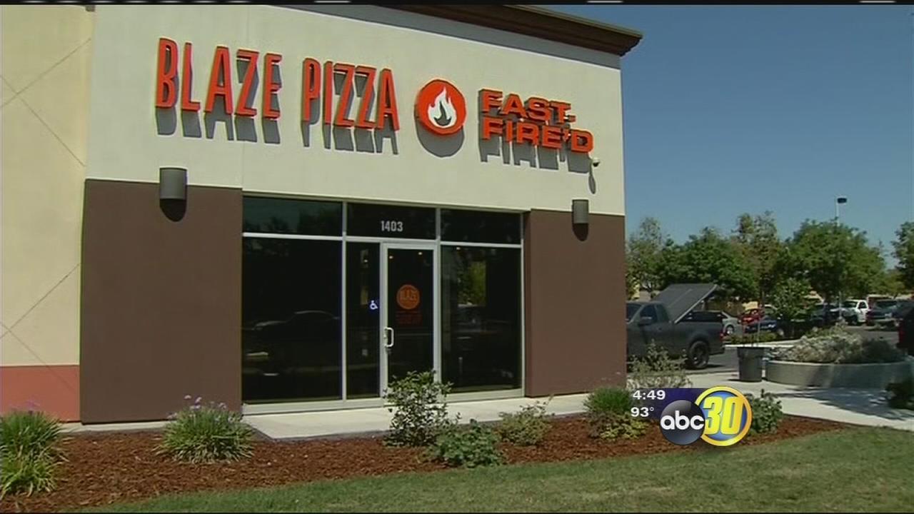 Blaze Pizza prepares to open in Tulare