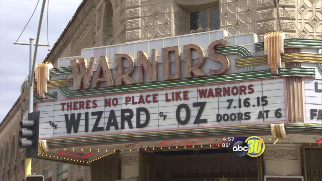 Enjoy classic films and help Fresnos Warnors Theatre at the same time