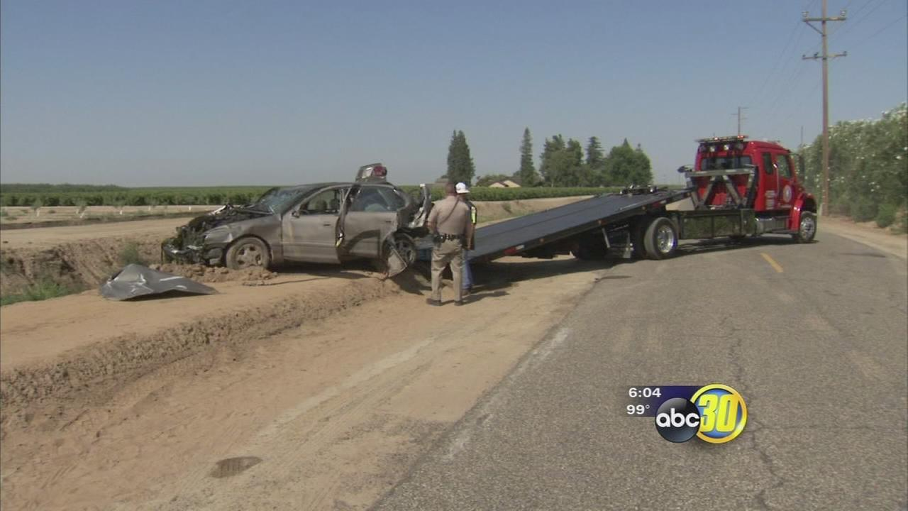 Kerman man killed after car crashes into a canal