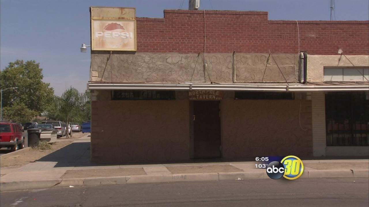 1 dead, 1 injured after Sanger bar fight ends with shooting