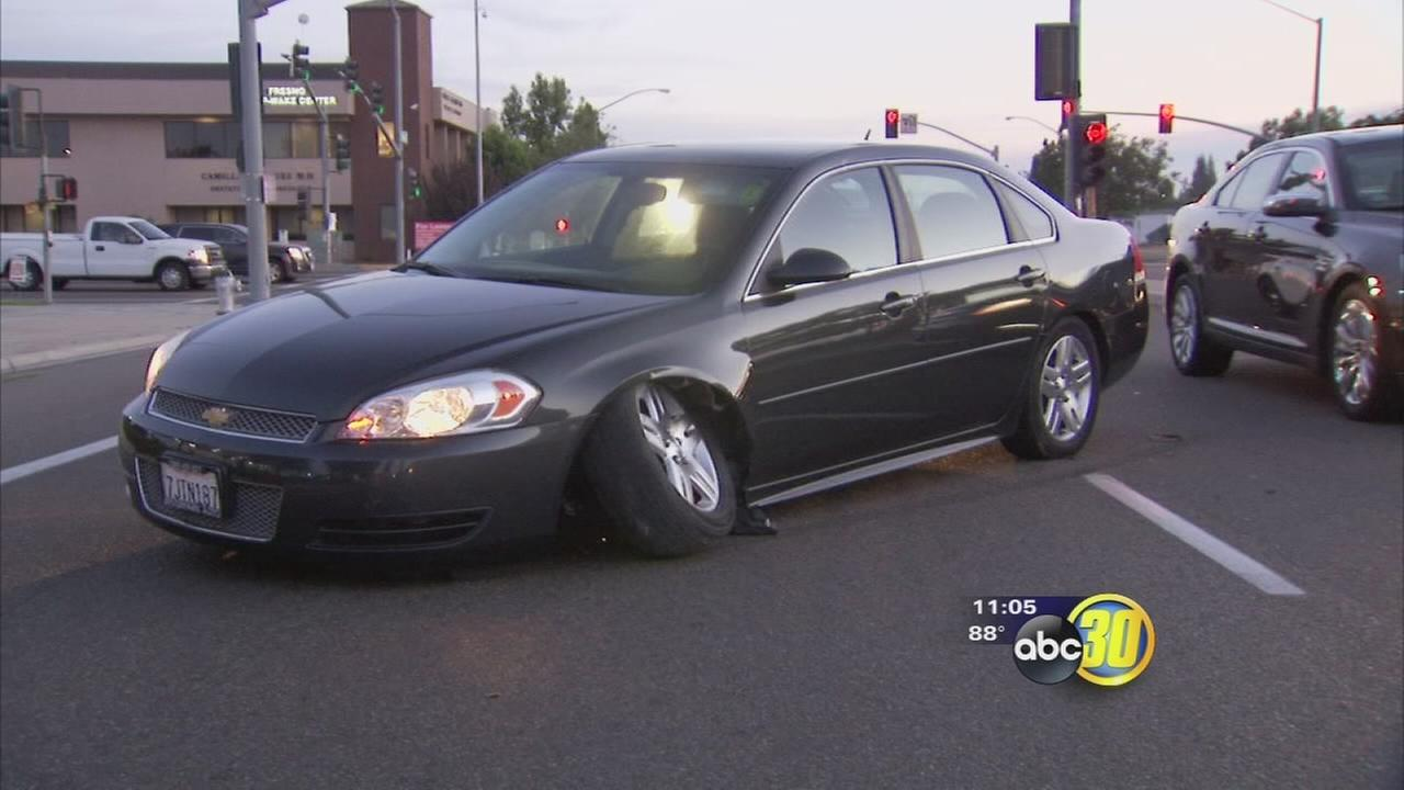 Fresno Police look for two suspects after an early morning carjacking