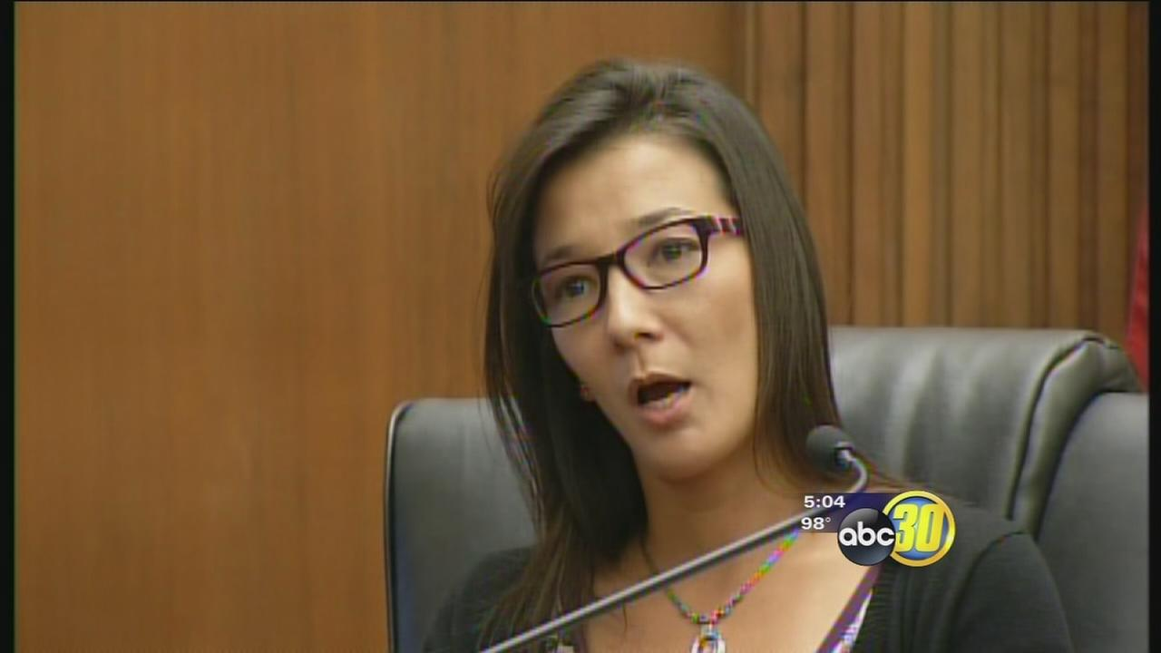 Visalia woman takes stand in daughters death
