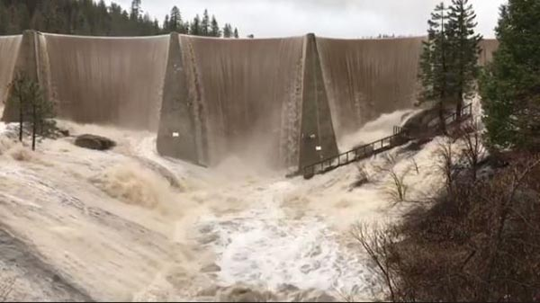 "<div class=""meta image-caption""><div class=""origin-logo origin-image none""><span>none</span></div><span class=""caption-text"">Hume Lake Dam (Joel)</span></div>"