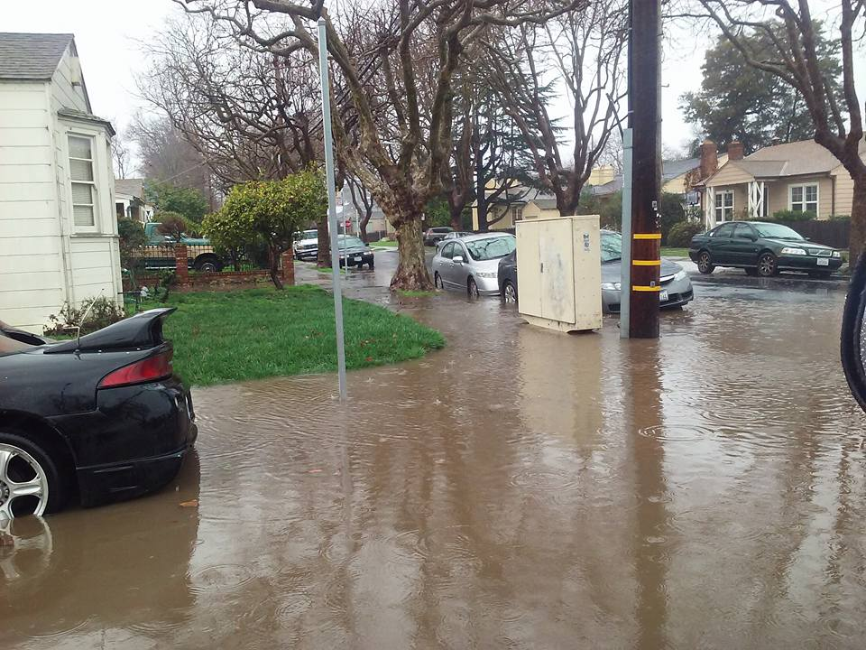 <div class='meta'><div class='origin-logo' data-origin='none'></div><span class='caption-text' data-credit='Photo submitted to KGO-TV by Irene D./Facebook'>The latest storm to hit the Bay Area triggered a hectic commute and flood advisory on Tuesday, January 19, 2016.</span></div>