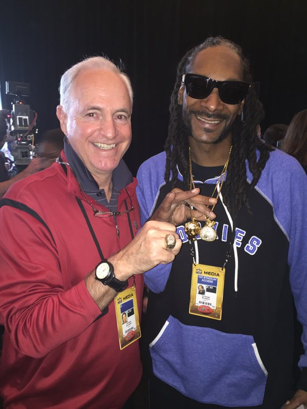 <div class='meta'><div class='origin-logo' data-origin='none'></div><span class='caption-text' data-credit='KGO-TV'>ABC7 News sports reporter Mike Shumann hangs out with Snoop Dogg in Santa Clara, Calif. on Thursday, February 4, 2016.</span></div>