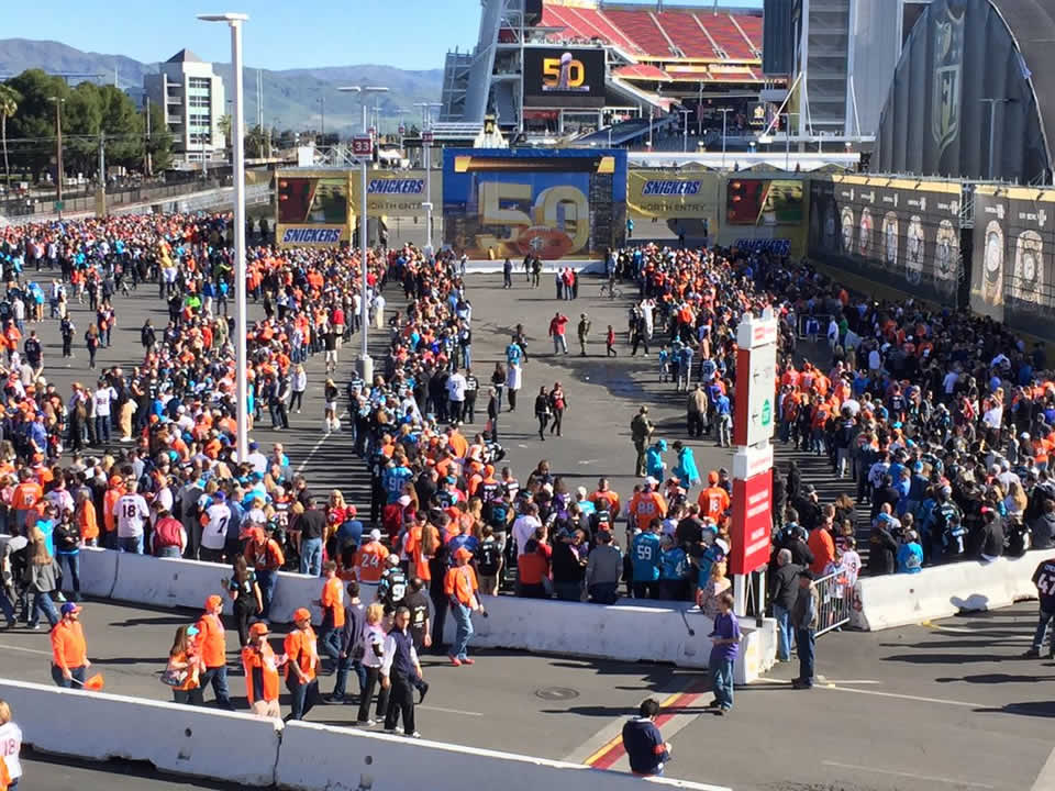 <div class='meta'><div class='origin-logo' data-origin='none'></div><span class='caption-text' data-credit='KGO-TV'>Crowds gather early at Levi's Stadium in Santa Clara, Calif. ahead of Super Bowl 50 on Sunday, February 7, 2016.</span></div>