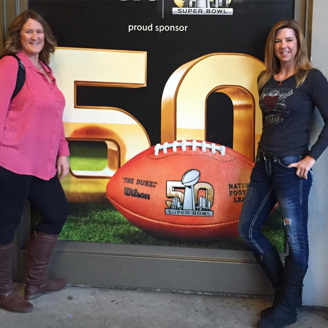 "<div class=""meta image-caption""><div class=""origin-logo origin-image none""><span>none</span></div><span class=""caption-text"">Football fans across the Bay Area show their football spirit on Super Bowl Sunday, February 7, 2016. Tag your Super Bowl 50 photos with #abc7now. (Photo submitted to KGO-TV by sillysteph1/Instagram)</span></div>"