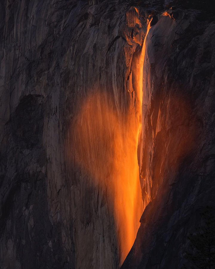 <div class='meta'><div class='origin-logo' data-origin='none'></div><span class='caption-text' data-credit='Photo submitted to KGO-TV by @naminou/Instagram'>This image taken in February 2016 shows the waterfall at Horsetail Falls in Yosemite National Park illuminated by the sunset.</span></div>