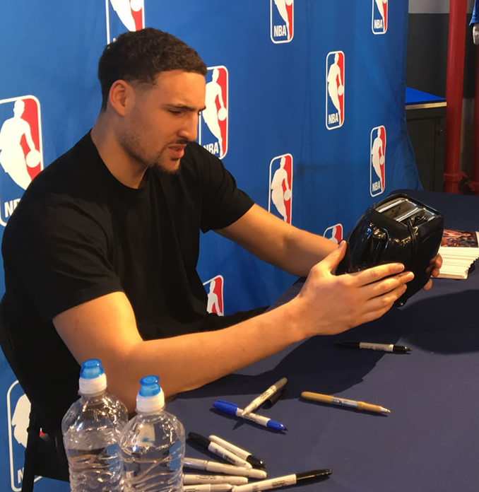 Klay Thompson perplexed by fan who asked him to sign toaster